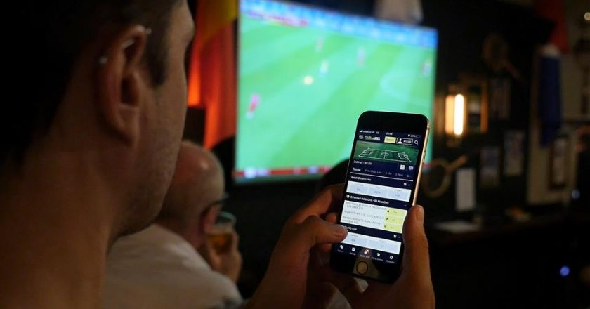 Why Online Sports Betting Can Be Far Better Than In-Store Betting