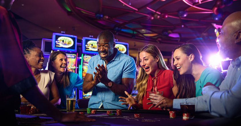 Play Poker Online Selecting The Best One Can Be Easier Today