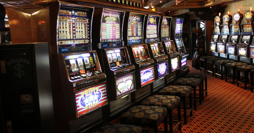 Get The Excitement Up By Another Level With Superslot Online Host